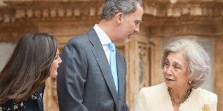 Hierve Casa Real: filtran otra humillación de Doña Letizia a la Reina Sofía a costa de las Infantas
