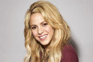 Shakira se pasa con el Photoshop y los fans se lo echan en cara