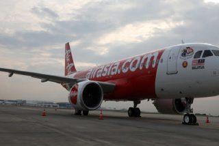 Arde el motor de un avión con 58 pasajeros minutos después de despegar de las Maldivas