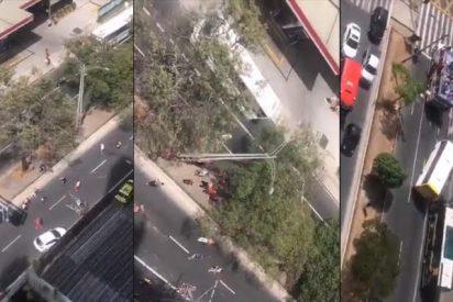 Aficionados del mismo equipo de fútbol colombiano, el Deportivo Independiente de Medellín, se enfrentan a machetazos