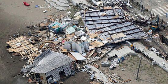 El tifón Faxai destruye Tokio y se salda con 3 muertos, 50 heridos y casi 1 millón de personas sin electricidad