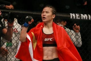UFC: Weili Zhang hace historia como la primera campeona china tras un noqueo fulminante