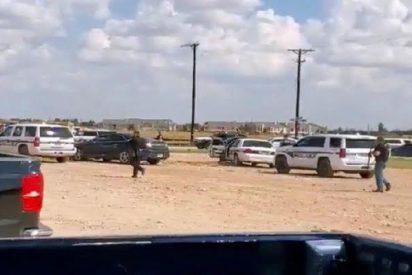 Testigos directos captan el momento en que la Policía abate al responsable del tiroteo en Texas