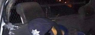 Así acribillan a sangre fría a un comandante policial mexicano y le dan el tiro de gracia sin compasión