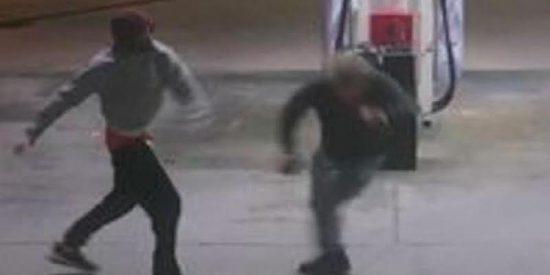 Intentan robarle el coche y se defiende con un tazón de café del anonadado ladrón armado