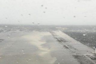 Este aeropuerto en Bahamas queda completamente anegado tras el paso del huracán Dorian