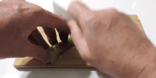 Manual para convertir tu Apple Card en un arma blanca