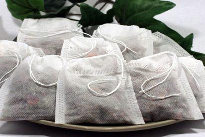 ¿Sabías que una taza de té podría contener miles de millones de microplásticos?