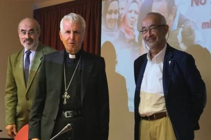 Los obispos exigen al Gobierno el cierre de los Centros de Internamiento para Extranjeros