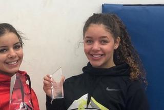 Descalifican a una nadadora de 17 años por mostrar 'más de la cuenta' el trasero con el bañador