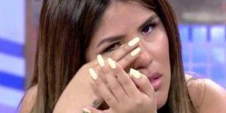 """Chabelita, hundida por las burlas de su hermano tras oír su 'canción': """"No esperaba que se cachondeara de mí"""""""