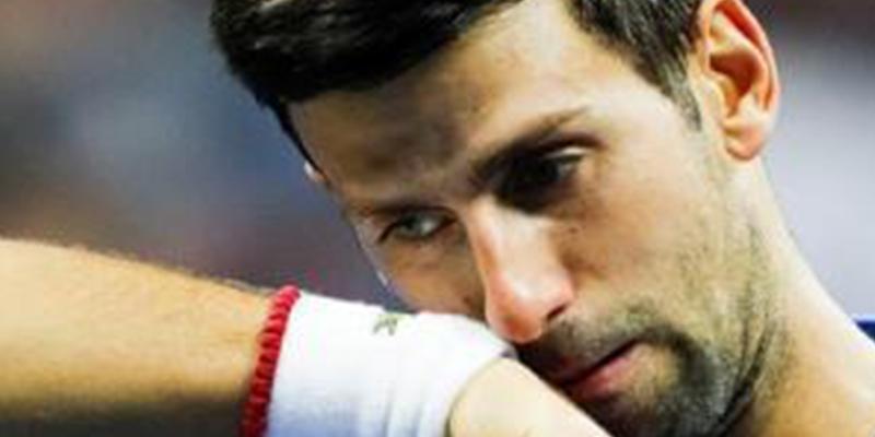 Djokovic obligado a abandonar tras lesionarse y quedar eliminado en octavos del US Open