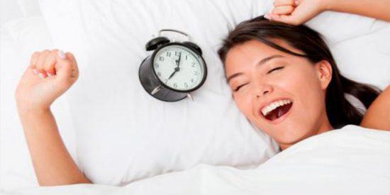 ¿Sabes por qué es tan importante dormir bien? Sigue estos consejos para conseguirlo