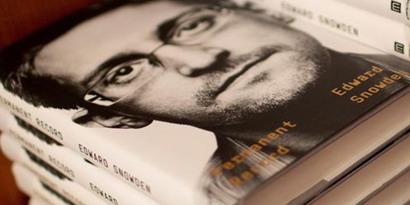 EEUU denuncia a Snowden por publicar su libro sin permitir a la CIA y al Pentágono revisarlo