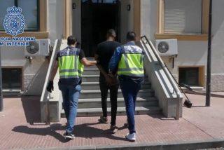 La Policía Nacional atrapa al atracador negro que retenía, desnudaba y robaba a menores en el Metro de Madrid