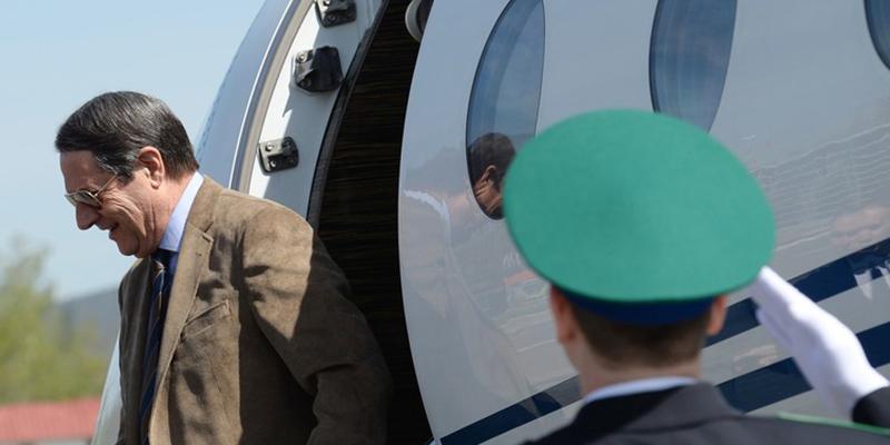 El avión del presidente de Chipre obligado a regresar a Nueva York por motivos de seguridad