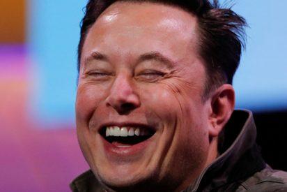 Elon Musk contesta en 'perfecto ruso' a una invitación creativa para asistir a un foro en Rusia