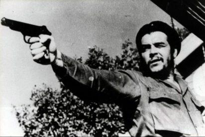 Un 'Che' Guevara homosexual: la última estupidez comunista en España para blanquear a las dictaduras de Cuba y Venezuela