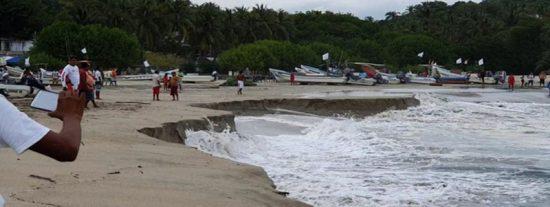 Esta playa se 'hunde' en una turística localidad mexicana debido a un misterioso fenómeno