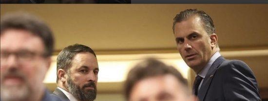 La foto 'censurada' en el Congreso de Abascal y Ortega Smith que aterroriza al golpista Rufián y se viraliza