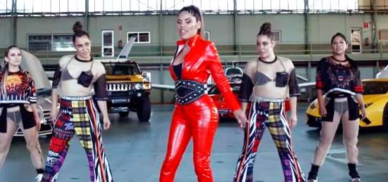 Las redes sociales se parten de risa con el vídeo de Isa Pantoja, la nueva 'Beyonce' española