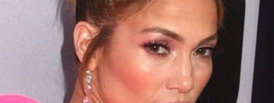 La imagen que demuestra que Jennifer Lopez esta más plana que el encefalograma de una puerta