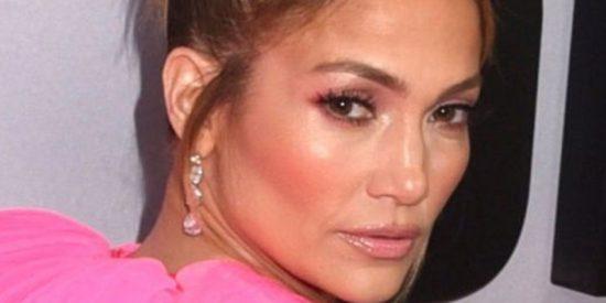 Jennifer Lopez mojadita y más sexy que nunca