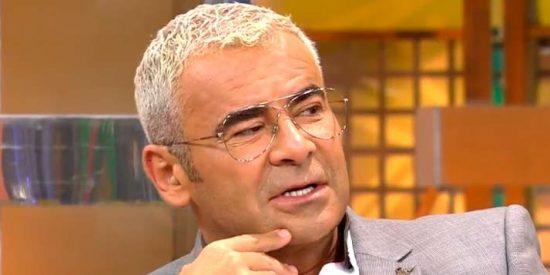 """La íntima confesión de Jorge Javier Vázquez que pone en un aprieto al mundo """"arco iris"""" de Telecinco"""