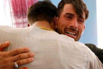 """La pareja que sobrevivió el día de su boda a un ataque de Estado Islámico en el que murieron 80 personas; """"Ojalá nos hubiéramos muerto"""""""