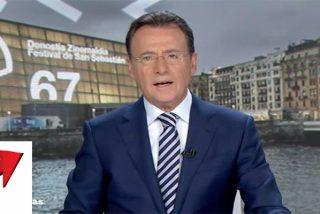 Espectador capta un misterioso resbalón en 'Antena 3 Noticias': mira detrás de Matías Prats