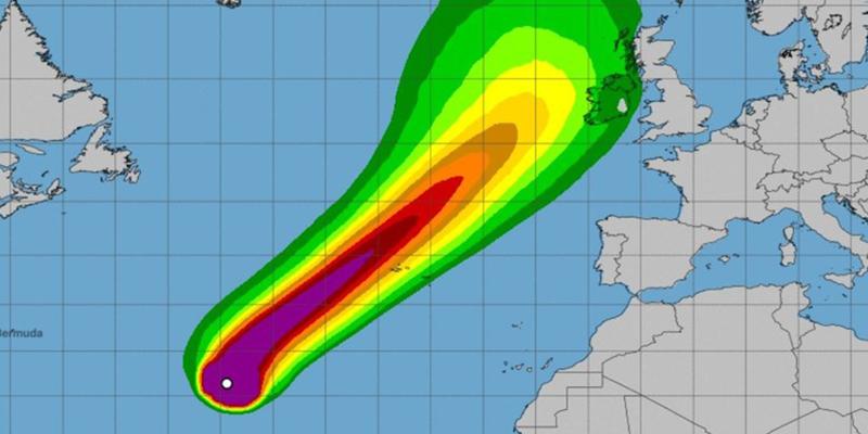 """Meteorólogos avisan de la llegada del potente huracán Lorenzo a Europa: """"Es una verdadera bestia"""""""
