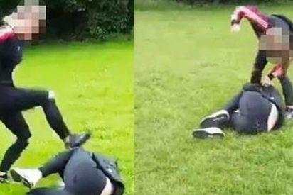 Otro caso de 'violencia feminista': Graban cómo esta joven patea la cabeza de una chica de 14 años delante de sus compañeros