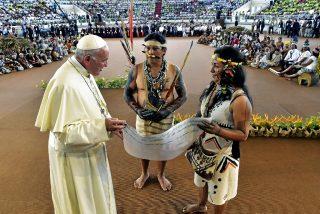 Ivereigh, biógrafo de Bergoglio: 'Acusar al papa de hereje es absurdo'