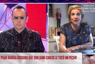 """Pilar Rahola se hace caquita y recula con su acusación de que el rey Juan Carlos le tocó una teta: """"Nunca pensé que haya sido acoso"""""""