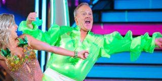 Sean Spicer, ex portavoz de Donald Trump en la Casa Blanca, cambia la política por la 'salsa' en 'Dancing With Stars'