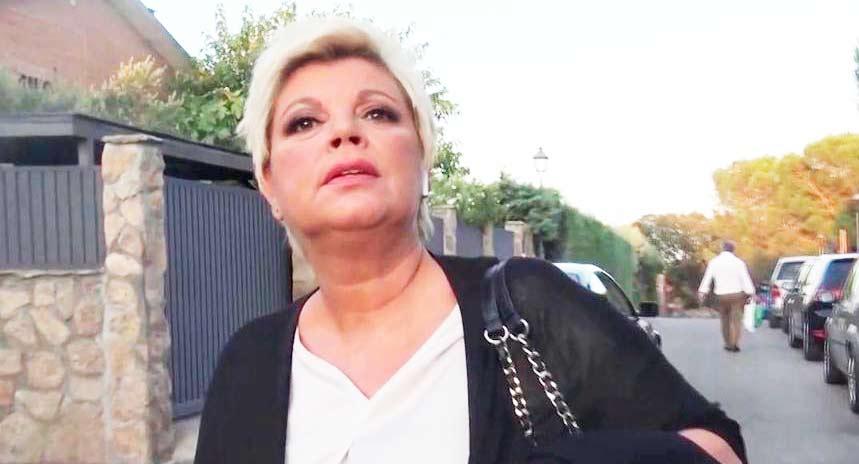 Terelu Campos no levanta cabeza económicamente: cierra su firma de joyas y pone a la venta su plaza de garaje