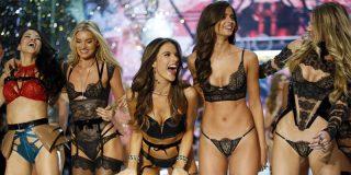 Empresario lujurioso obliga a sus empleadas a que se pongan lencería de Victoria's Secret y le manden las fotos