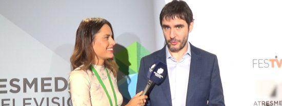Juanra Bonet (Antena 3) lanza una indirecta a Telecinco y manda un mensaje a Tania Llasera