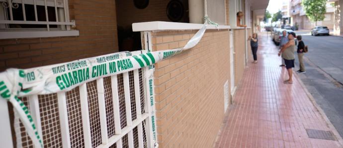 Alicante: mata a su hermano y convive con el cadáver hasta que lo descubre la Policía