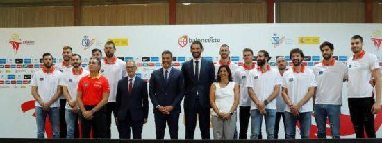 Bronca por la increíble manipulación de Mediaset del partido de España en favor de Pedro Sánchez y Pepu Hernández