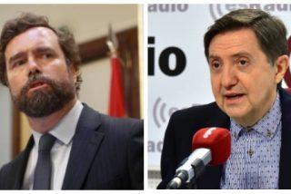 """La guerra de Losantos contra VOX no se toma vacaciones: dura advertencia a Espinosa de los Monteros y al """"sicariato voxista"""""""