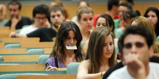 Religión seguirá siendo obligatoria en Galicia, si se eligen determinadas materias optativas