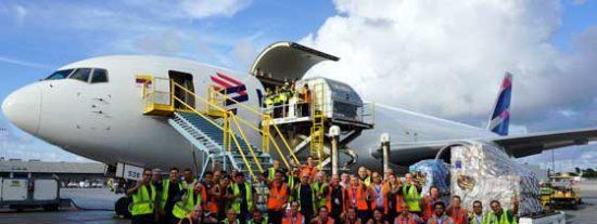 Grupo LATAM activa Avión Solidario para ayudar a los habitantes de Bahamas