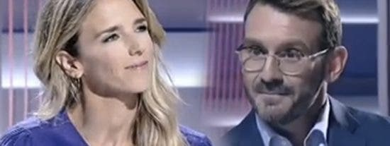 Álvarez de Toledo deja planchado al presentador de TVE diciéndole que la 'tele soviética' ya ha encargado decorados para el 10-N