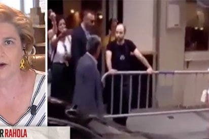 ¿Qué podíamos esperar de una señora con lazos amarillos en las orejas al opinar del camarero que llamó 'hijo de puta' a Sánchez?