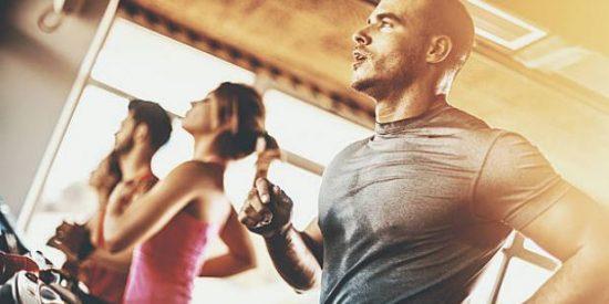 Ropa para entrenar en el gym para hombres