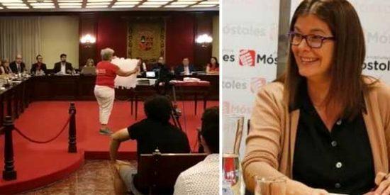 """El demoledor vídeo de una cabreada vecina de Móstoles con los enchufes de la alcaldesa socialista a sus familiares: """"¡Sois unos zampabollos!"""""""