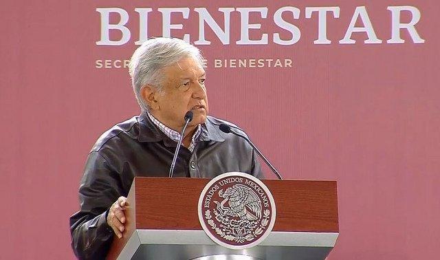 López Obrador y su estrategia 'a lo Chávez' con la estatal mexicana PEMEX
