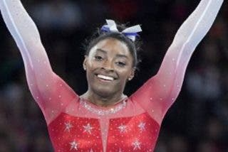 ¿Por qué los jueces no le dan a la gimnasta estadounidense Simone Biles la máxima puntuación en los ejercicios más complicados?
