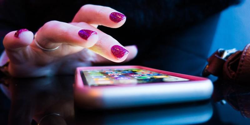 El revolucionario modo de Google para usar el smartphone con una sola mano